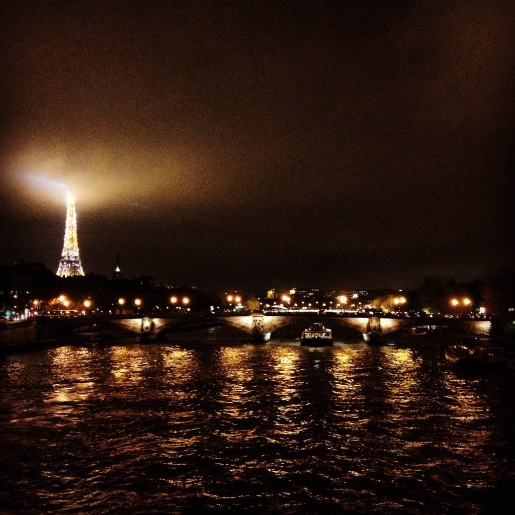 Tour de Eiffel from Pont Alexandre III