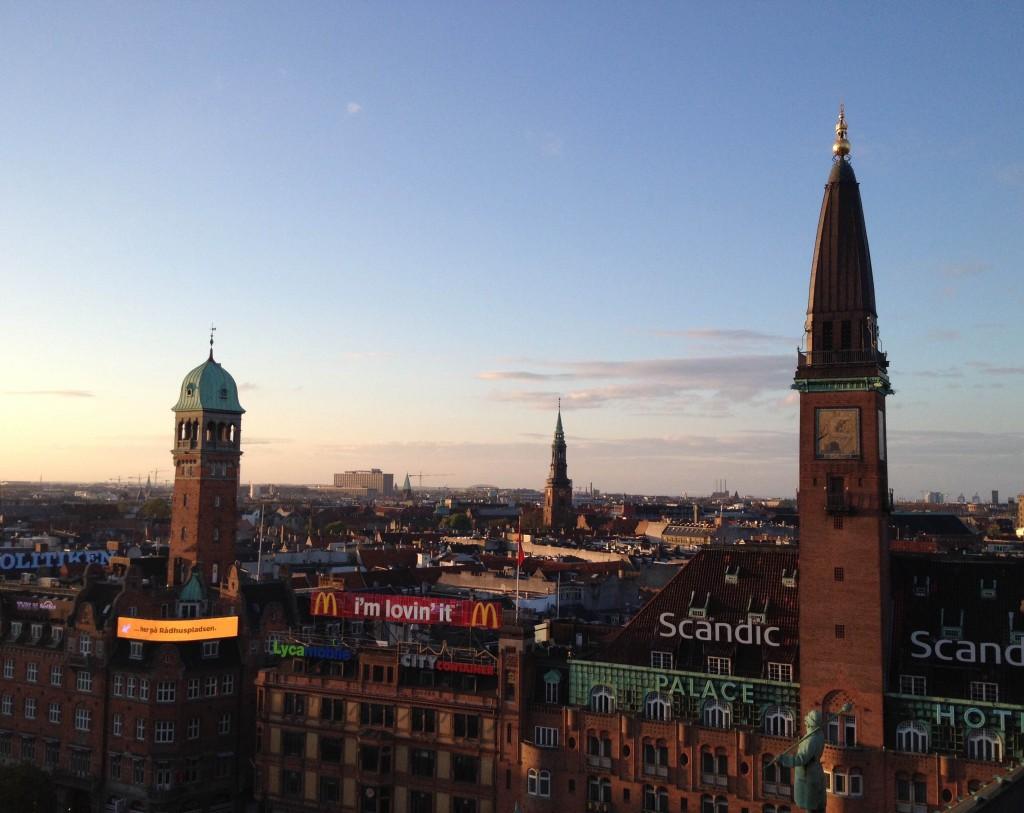 On the roofs of København